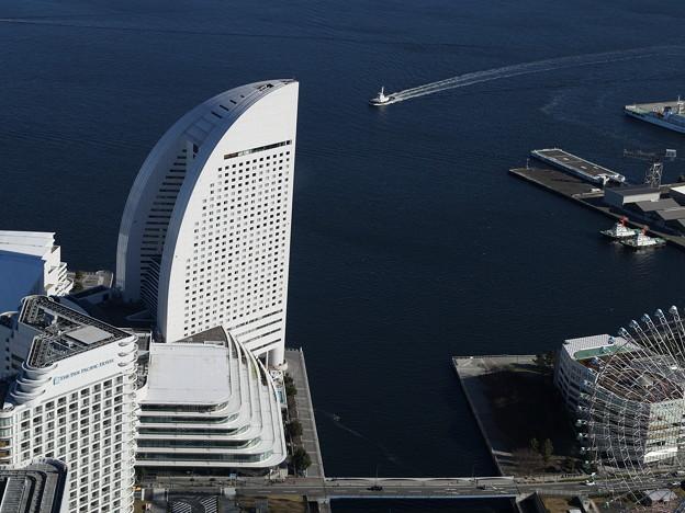 インターコンチネンタルホテルと横浜港
