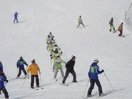 110217 スキー実習 (22)