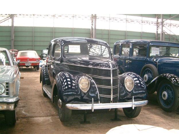 1938 年型フォード・4ドアセダン - 写真共有サイト「フォト蔵」