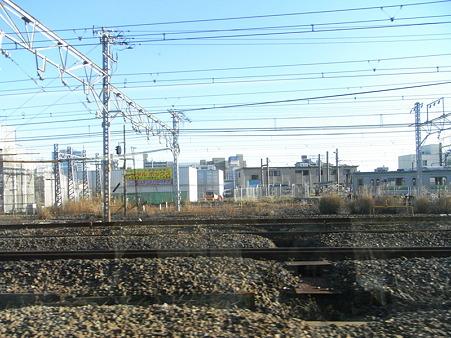 E231系湘南新宿ライングリーン車1Fの車窓3