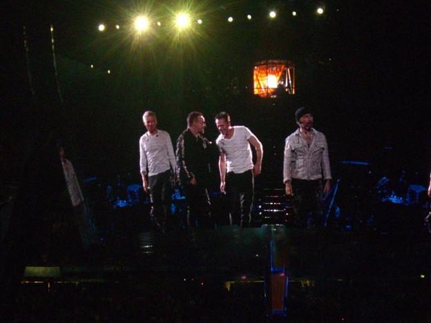 2009-09-24_U2 (23)CurtainCall_6_R