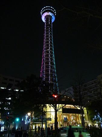 110115-マリンタワー 上り足元全景1 (247)