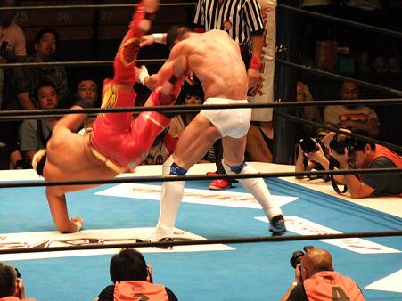 新日本プロレス BEST OF THE SUPER Jr.XIX Aブロック公式戦 プリンス・デヴィットvsKUSHIDA (8)