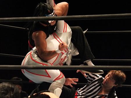 新日本プロレス BEST OF THE SUPER Jr.XVIII 〜Bring it on!〜 ディファ有明 20110528 (38)