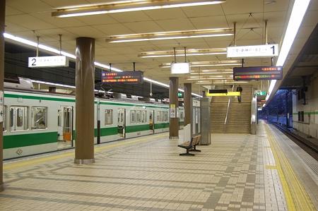 西神中央駅ホーム