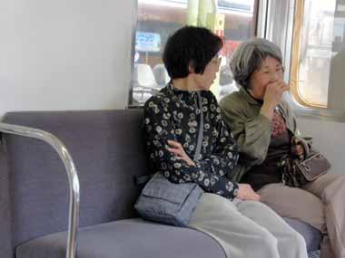 写真: 100508名古屋1 107おばさん
