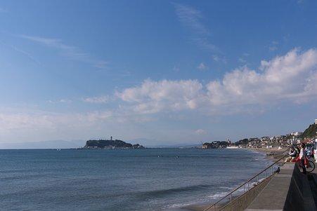 2010.12.12 七里ヶ浜 江ノ島と富士