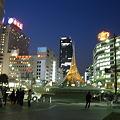 Photos: すっかり夜の駅前