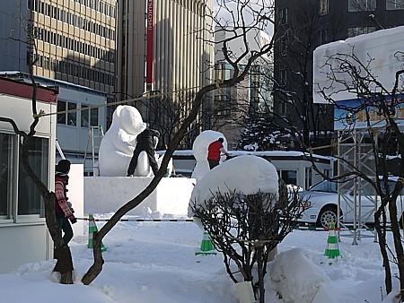 見える雪像