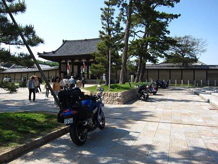 c-110505-144048 法隆寺