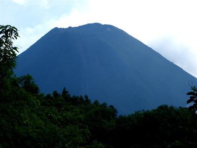 イサルコ火山3